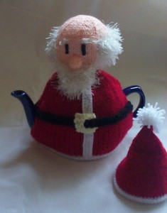 Santa_tea_cosy_knitting