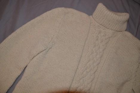 pull en laine à torsades