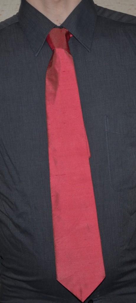 j 39 ai cousu ma toute premi re cravate des tricots tres mimie. Black Bedroom Furniture Sets. Home Design Ideas