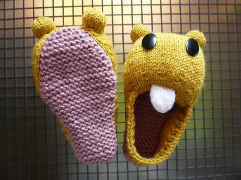 Strange-Knitting-Projects-05